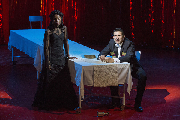 Marsha Stephanie Blake as Lady Macbeth and Jonathan Cake as Macbeth