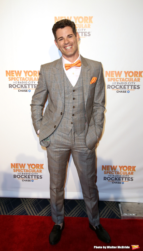 Photo Coverage: On the Red Carpet for NEW YORK SPECTACULAR with the Rockettes (Part One)