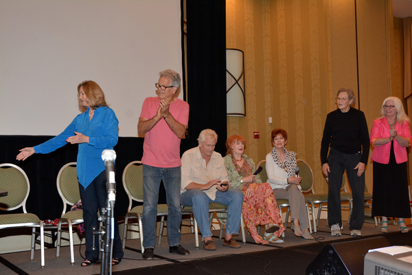 Lara Parker, James Storm, Christopher Pennock, Marie Wallace Donna Wandrey, Roger Davis and Sharon Smyth