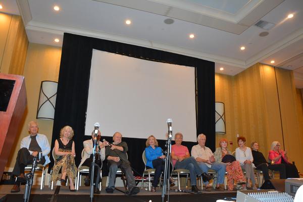 David Selby, Kathryn Leigh Scott, Jerry Lacy, John Karlen, Lara Parker, James Storm,  Photo