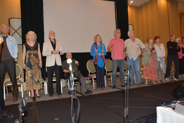 David Selby, Kathryn Leigh Scott, Jerry Lacy, John Karlen, Lara Parker, James Storm, Christopher Pennock, Marie Wallace, Donna Wandrey, Roger Davis and Sharon Smuth
