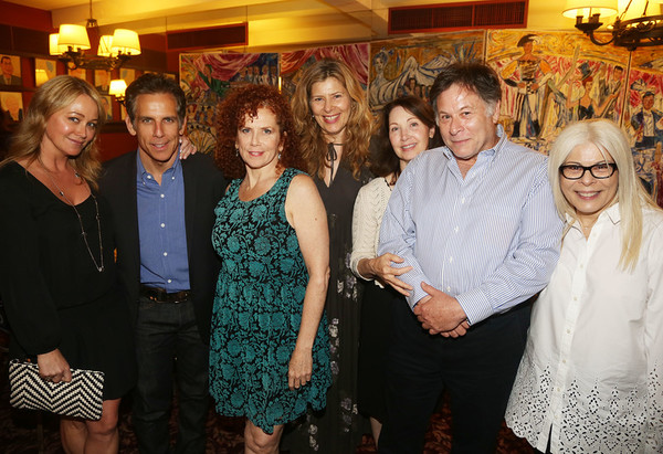 CHRISTINE TAYLOR, BEN STILLER, AMY STILLER, KATHERINE WALLACH, PETER WALLACH, ROBERTA Photo