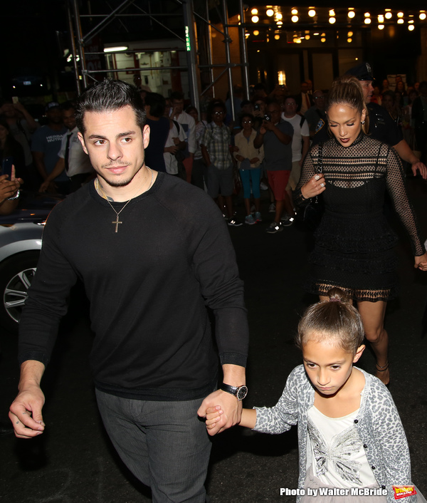 Casper Smart, Jennifer Lopez with her twins Emme and Max