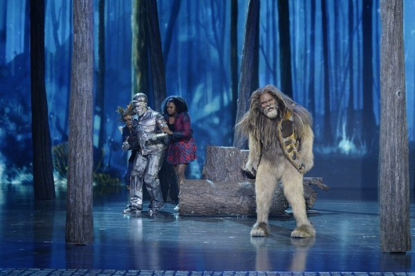 Elijah Kelley as Scarecrow, Ne-Yo as Tin-Man, Shanice Williams as Dorothy, David Alan Grier as Lion