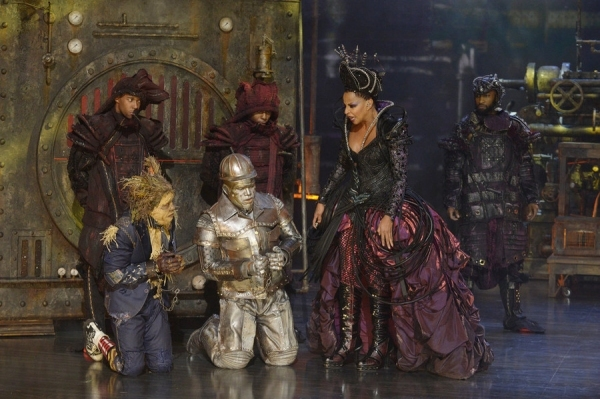 Elijah Kelley as Scarecrow, Ne-Yo as Tin-Man, Mary J Blige as Evillene