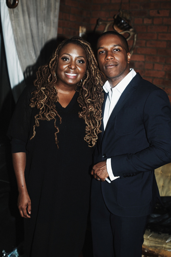 Surprise guest star Ledisi and Leslie Odom Jr.