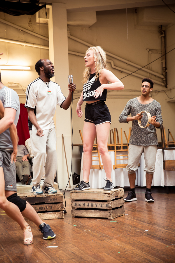 Photo Flash:  DIRTY DANCING On Tour In Rehearsal