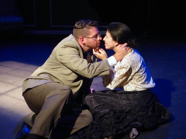 Photo Flash: First Look at EINSTEIN'S GIFT at Athenaeum Theatre