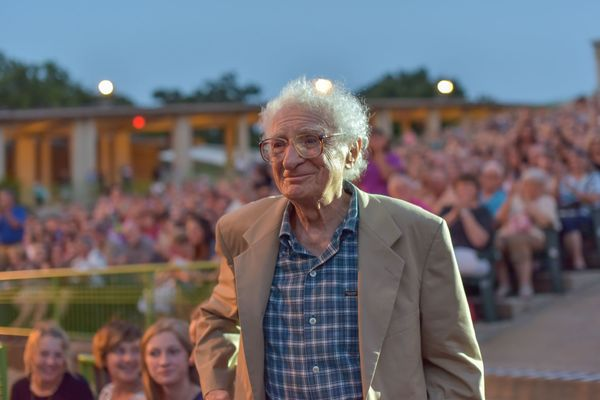 Photo Flash: Sheldon Harnick Inducted into the MUNY's Hall of Fame