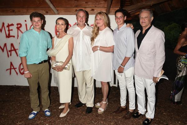 Nick Otto-Bernstein, Maren Otto,  Robert Wilson, Katharina Otto-Bernstein, Joni Otto- Photo