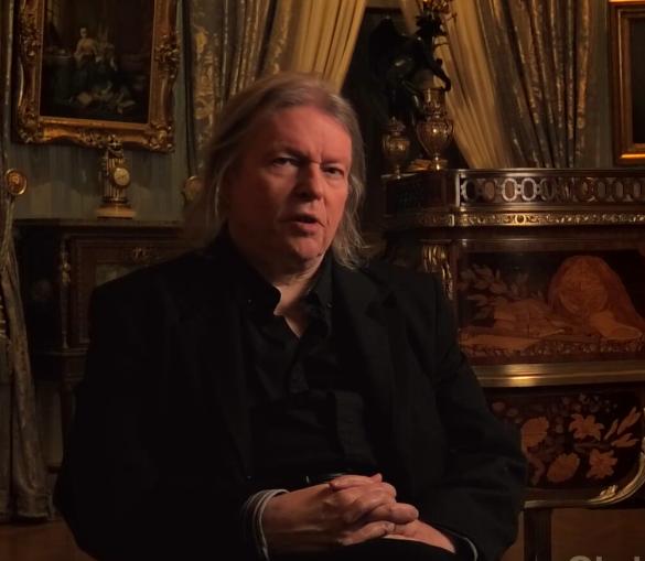 VIDEO: Playwright Christopher Hampton Explains The Scandalous History of LES LIAISONS DANGEREUSES