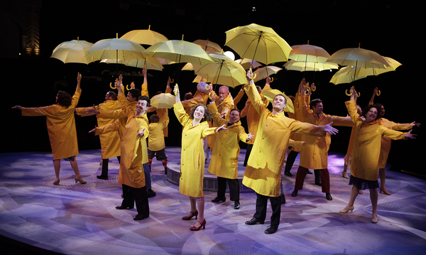 Photo Flash: First Look at North Shore Music Theatre's SINGIN' IN THE RAIN