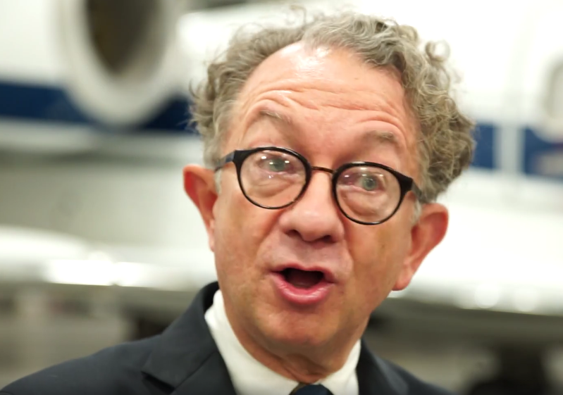 VIDEO: CHICAGO Designer William Ivey Long Recalls Advice He Gave To Melanie Griffith