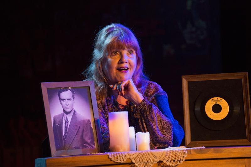 BWW Review: Annie Golden stars as Annie Golden in BROADWAY BOUNTY HUNTER