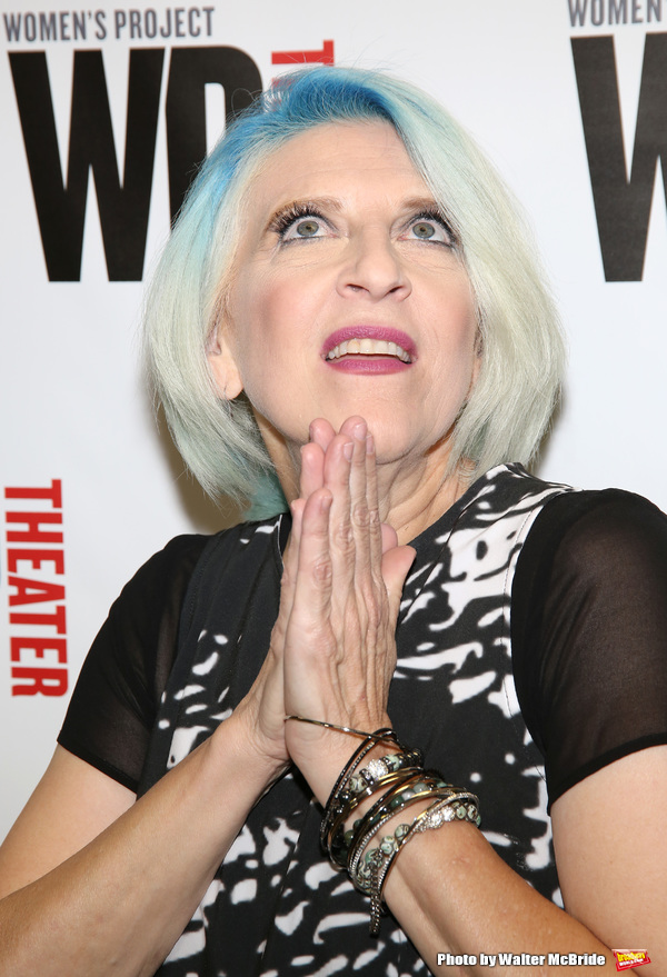 lisa-lampanelli-young-famous-singers-naked-porn
