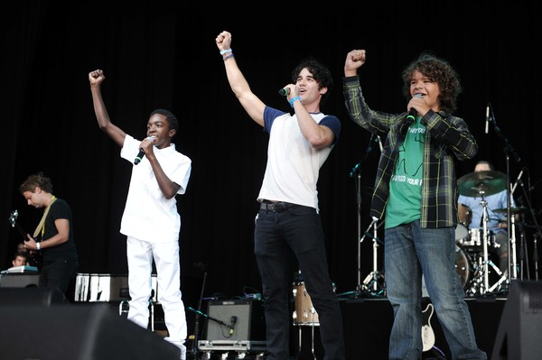 Caleb McLaughlin, Darren Criss and Gaten Matarazzo Photo
