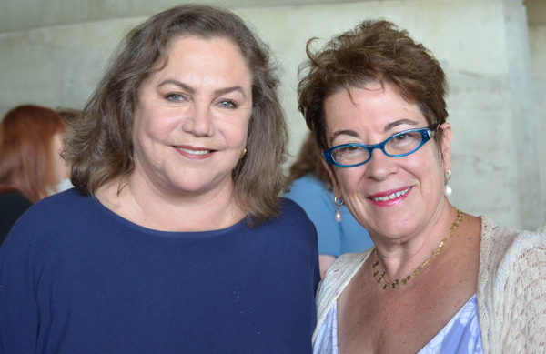 Kathleen Turner, Molly Smith