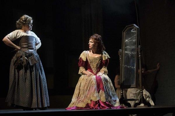 Lizzie Roper and Ophelia Lovibond