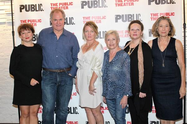 Meg Gibson, Jay O. Sanders, Lynn Hawley, Roberta Maxwell, Maryann Plunkett and Amy Warren
