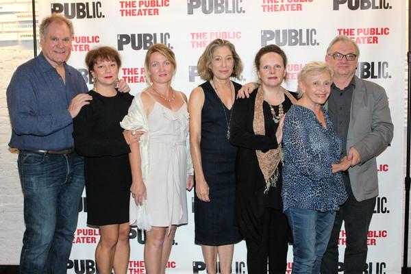Jay O. Sanders, Meg Gibson, Lynn Hawley, Amy warren, Maryann Plunkett, Roberta Maxwell and Richard Nelson