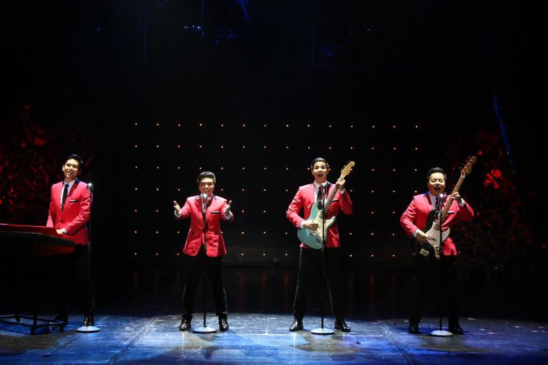 Photos: First Look at JERSEY BOYS in Manila; Show Runs Thru Oct. 16