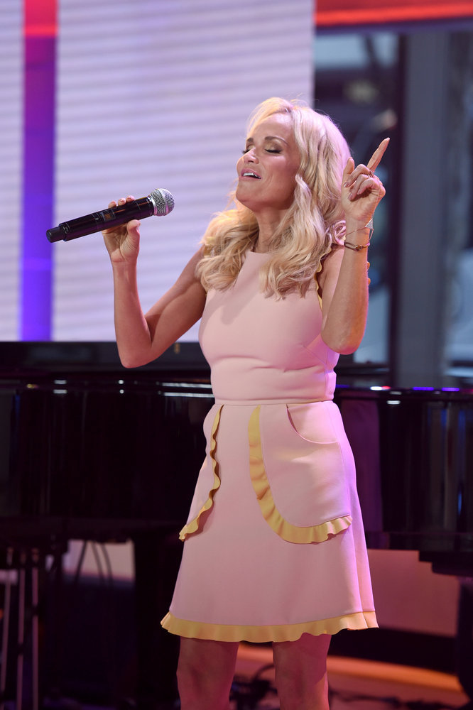 VIDEO: Watch Kristin Chenoweth Perform 'Smile' Live on TODAY