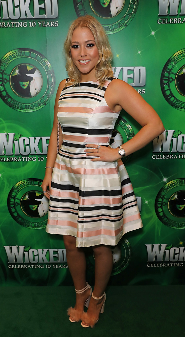 Photo Flash: Stephen Schwartz and London Cast at WICKED 10th Anniversary Party