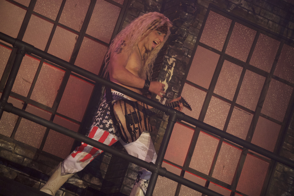 BWW Review: ROCK OF AGES is a Runaway Train of Sexiness and Head Banging