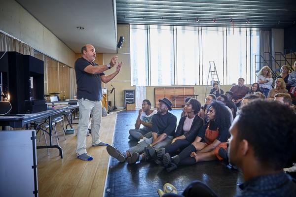Photo Flash: West End DREAMGIRLS Begins Rehearsals