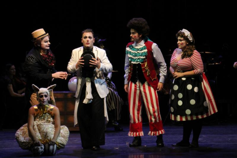 BWW Review: Orlando Phil's CANDIDE is Delightful Antidote for Disheartening World