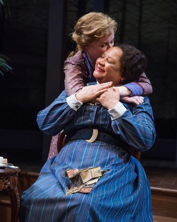 Photo Flash: First Look at Marg Helgenberger and More in THE LITTLE FOXES at Arena Stage