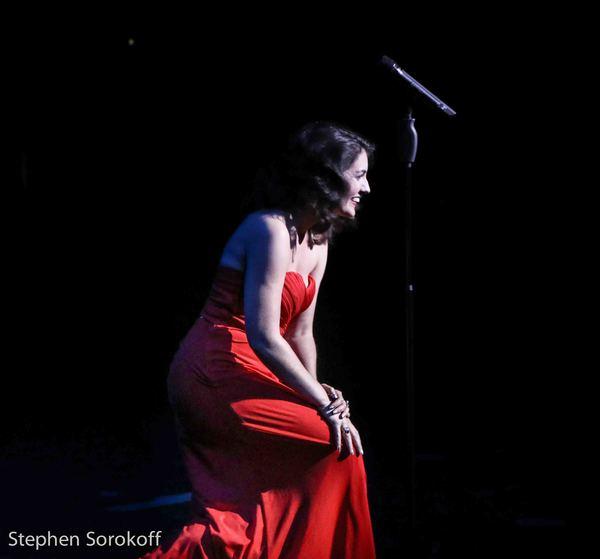 Jennifer Sheehan Photo