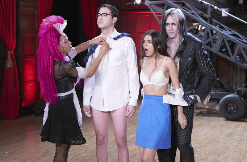 BWW Review: FOX's THE ROCKY HORROR PICTURE SHOW is an Underwhelming, Sanitized Disappointment