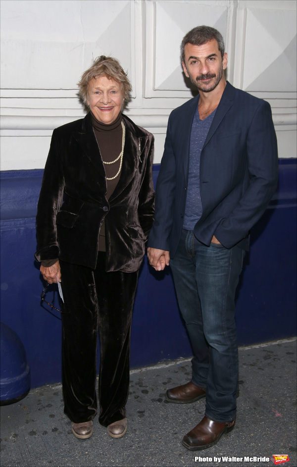 Photo Coverage: On the Red Carpet for Opening Night of THE FRONT PAGE