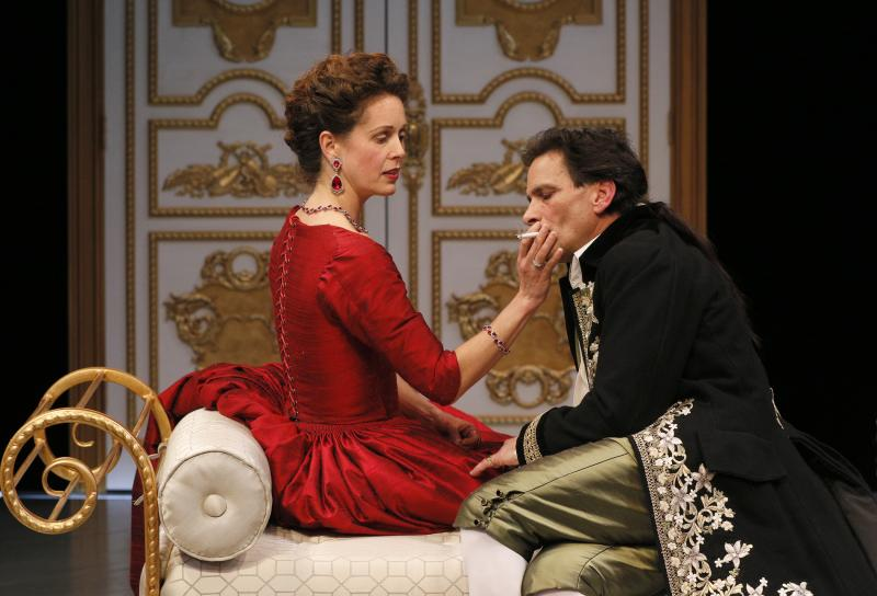 BWW Review: ACT's Deliciously Naughty and Complex DANGEROUS LIAISONS