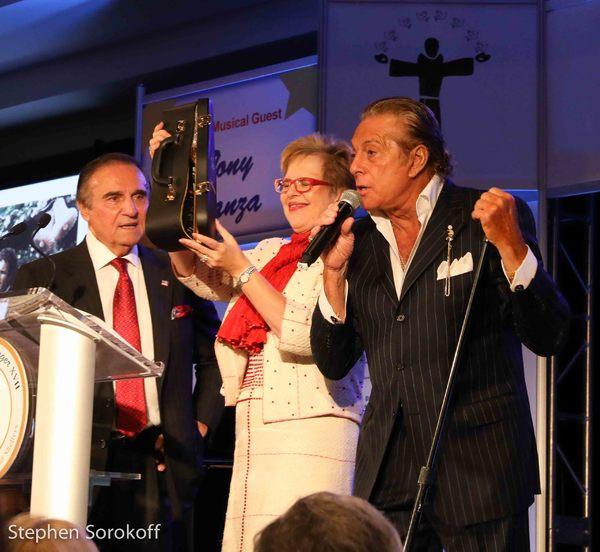 Tony Lo Bianco, Kathleen Guzman, Gianni Russo
