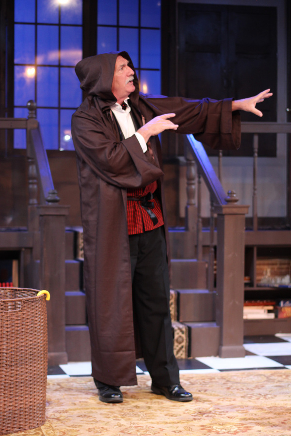 Photos: First Look at MTC MainStage's SLEUTH