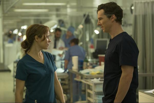 Rachel McAdams and Benedict Cumberbatch