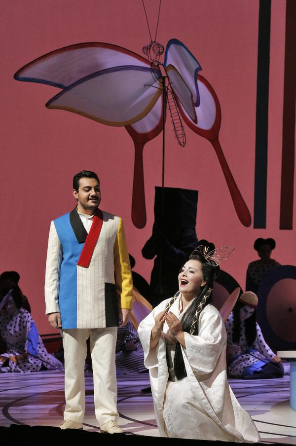 Vincenzo Costanzo and Lianna Haroutounian Photo