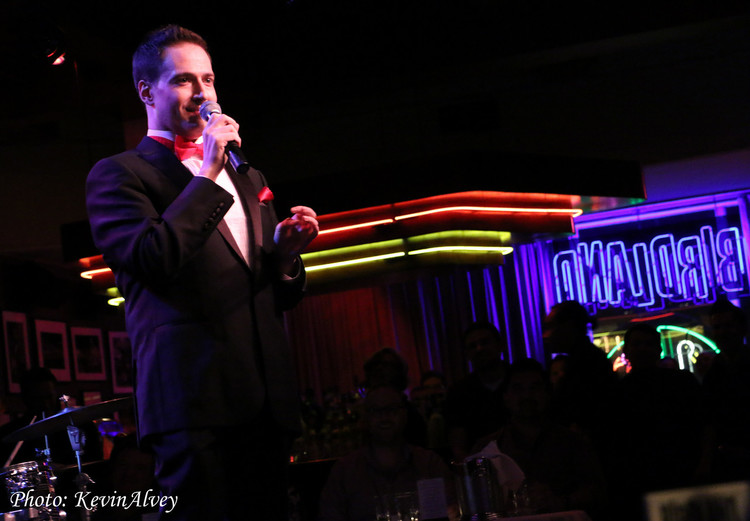 BWW Review: In the Calm Before the Storm, Randy Rainbow Throws an ELECTION EVE PARTY at Birdland