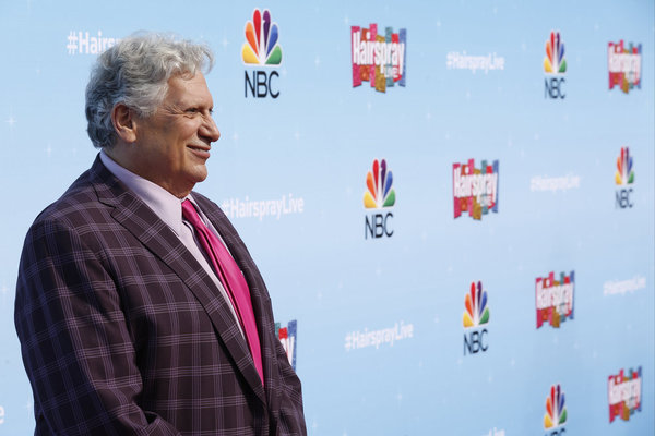Photo Flash: Cast & Creatives Meet the Press on Set of NBC's HAIRSPRAY LIVE!