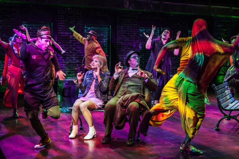 BWW Review: Leigh Silverman and Sutton Foster Discover Fresh Nuances In Intimate SWEET CHARITY