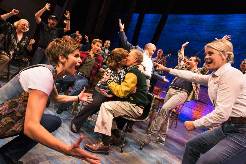 BWW Review: COME FROM AWAY Is A Loving Tribute To The Best In All Of Us