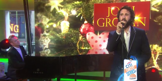 VIDEO: Josh Groban Talks GREAT COMET; Performs 'Merry Little Christmas' Live on TODAY