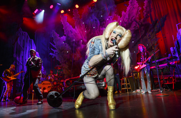 Photo Flash: First Look at Euan Morton & Hannah Corneau in HEDWIG AND THE ANGRY INCH on Tour!