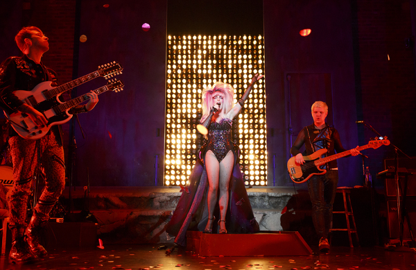 Photo Flash: First Look at Euan Morton&Hannah Corneauin HEDWIG AND THE ANGRY INCH on Tour!