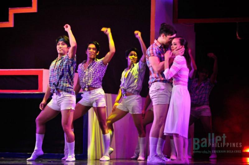 BWW Review: Ballet Meets '70s Disco Pop