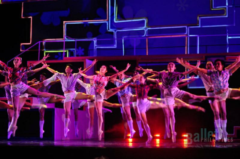 BWW Review: Ballet Meets '70s Disco Pop