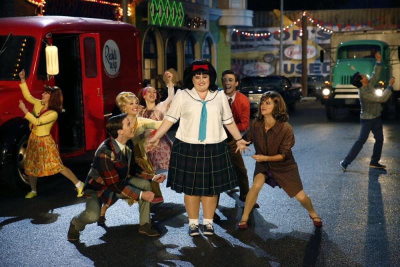BWW Review: HAIRSPRAY LIVE! Serves as a Joyful, Optimistic Reminder of a Powerful Message