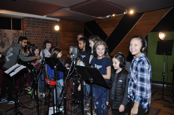 Exclusive Photo Coverage: The Kids of MATILDA Ring in the New Year for Carols For A Cure